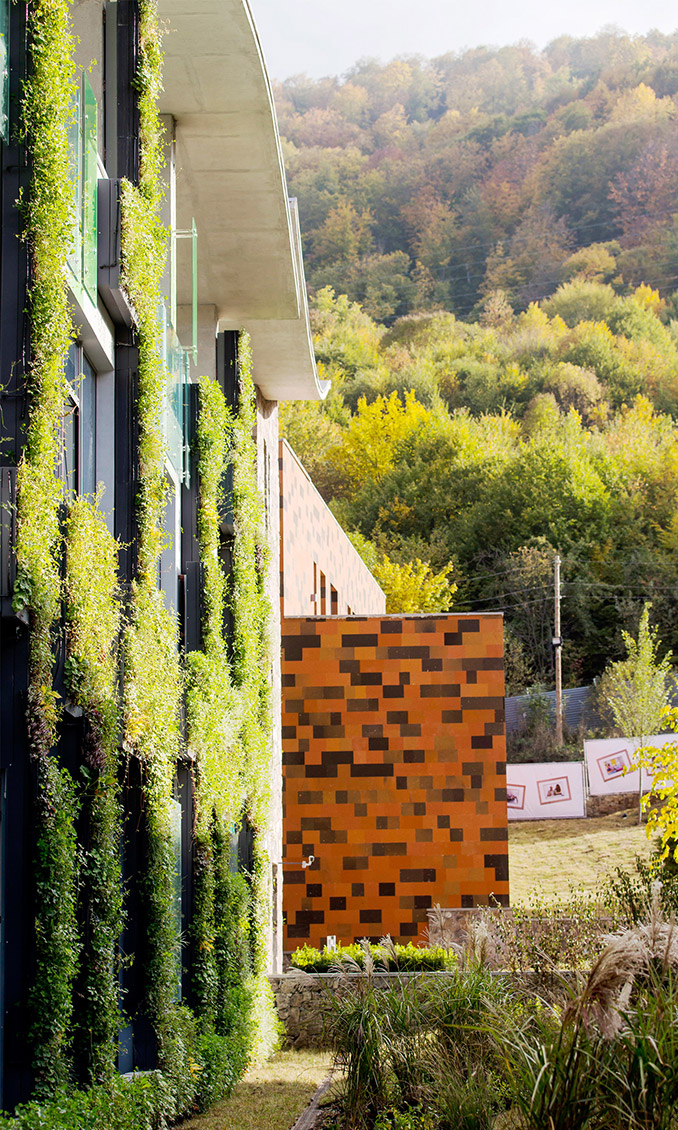 United World College Dilijan | Dilijan, Armenia | Glasser y Dagenbach